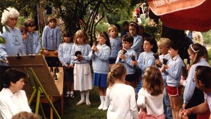 Hand_Bells_1986