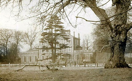 Middlethorpe_Hall_1